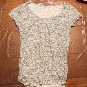 Black and white southwest design maternity tshirt